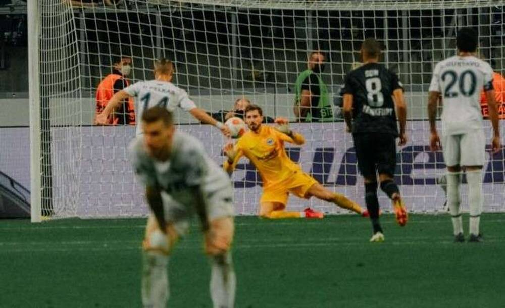 Europa League: Μοιρασιά για Άιντραχτ και Φενέρ, έχασε πέναλτι ο Πέλκας – Πήρε βαθμό η Νάπολι!