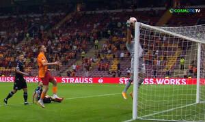 Europa League: Έγινε... Ντουμπράβκα ο Στρακόσια κι έβαλε ΕΠΙΚΟ αυτογκόλ! (video)