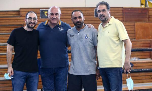 Χάντμπολ-Μπακαούκας: «Για εμένα η ΑΕΚ δεν είναι αντίπαλος, αλλά οικογένεια»