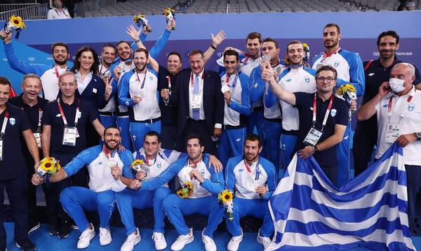 Εθνική πόλο Ανδρών: Στη δράση της Επιτροπής «Ελλάδα 2021» για την ενίσχυση των πυρόπληκτων περιοχών