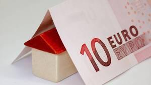 «Φουντώνει» η μάχη στα στεγαστικά – Σταθερό επιτόκιο 2,8% για 10 χρόνια από την Εθνική Τράπεζα