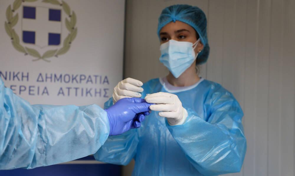 Κορονοϊός - Θεσσαλονίκη: Διασωληνώθηκε 20χρονος ανεμβολίαστος - Μάχη για να γλιτώσει τη ΜΕΘ 19χρονη