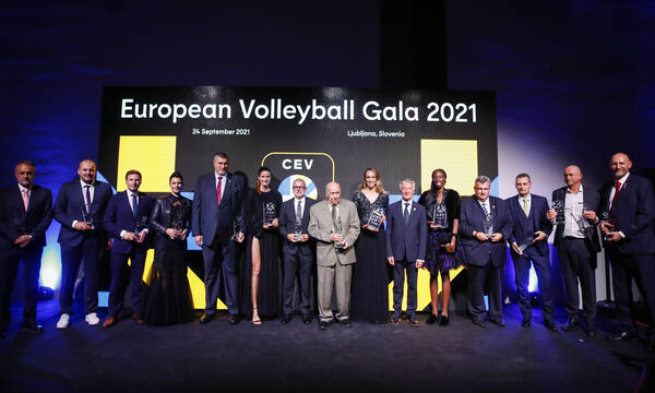 Η μεγάλη βραδιά και βράβευση του Θανάση Μπελιγράτη στο Gala της CEV (photos+video)