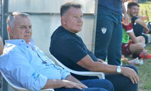 Απόλλων Λάρισας-ΑΕΛ: Χαμός στο ημίχρονο - Μπούκαρε στο γήπεδο ο Κούγιας (photos)