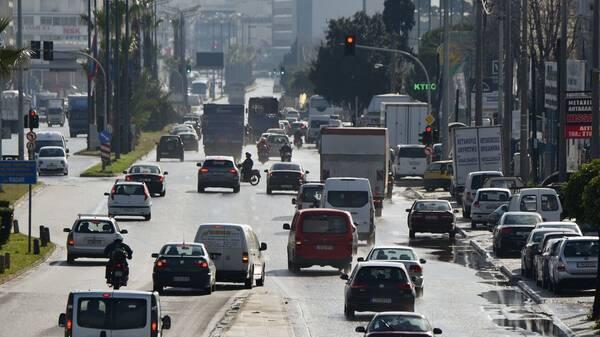 Τέλη κυκλοφορίας 2022: Τι θα πληρώσουμε φέτος - Πότε θα αναρτηθούν στο Taxisnet