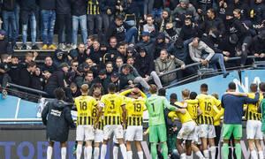 «Λουκέτο» στο γήπεδο της Ναϊμέγκεν μετά την κατάρρευση εξέδρας (photos+video)
