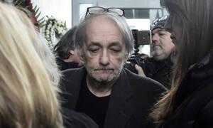 Ανδρέας Μικρούτσικος: Διασωληνωμένος στην εντατική ο παρουσιαστής