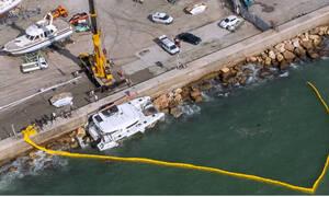 Άλιμος: Σοκαριστικές εικόνες από τη διάσωση επιβατών του καταμαράν που τσακίστηκε στα βράχια